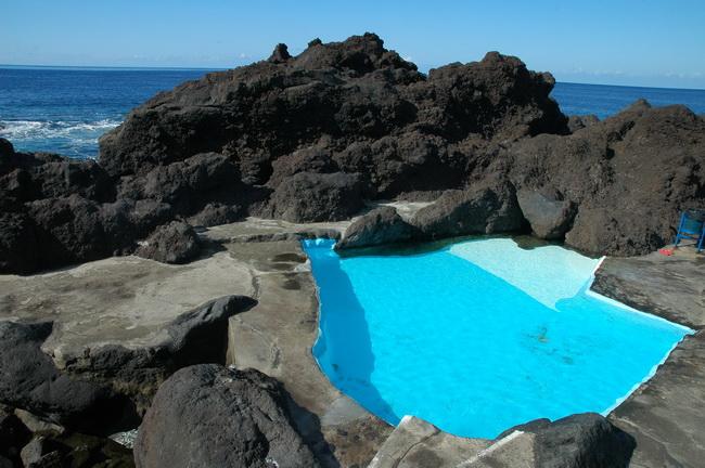 Guia da cidade piscinas naturais do for Portugal piscinas naturales